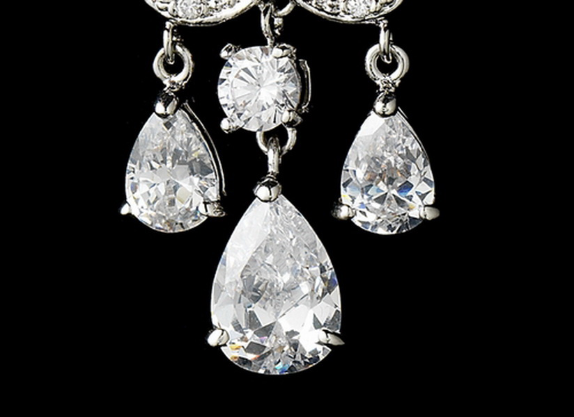 Gorgeous Chandelier Crystal Drop Earrings E 1576