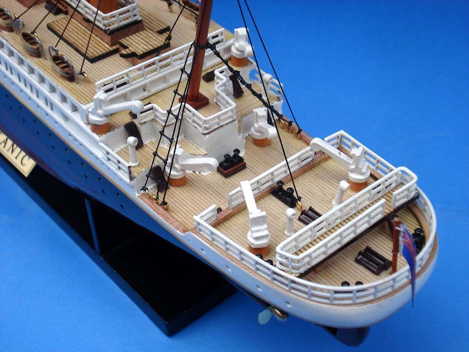 Handcrafted Model Ships RMS Titanic Limited 20&quot;
