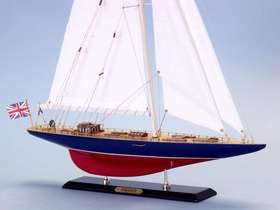 Handcrafted Model Ships Endeavour Limited 27""